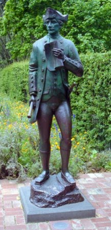 Statue of Cook in Fitzroy Gardens, Melbourne